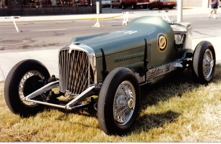 Bob\'s Studebaker Resource Website(Old Studebaker Indy Race cars)