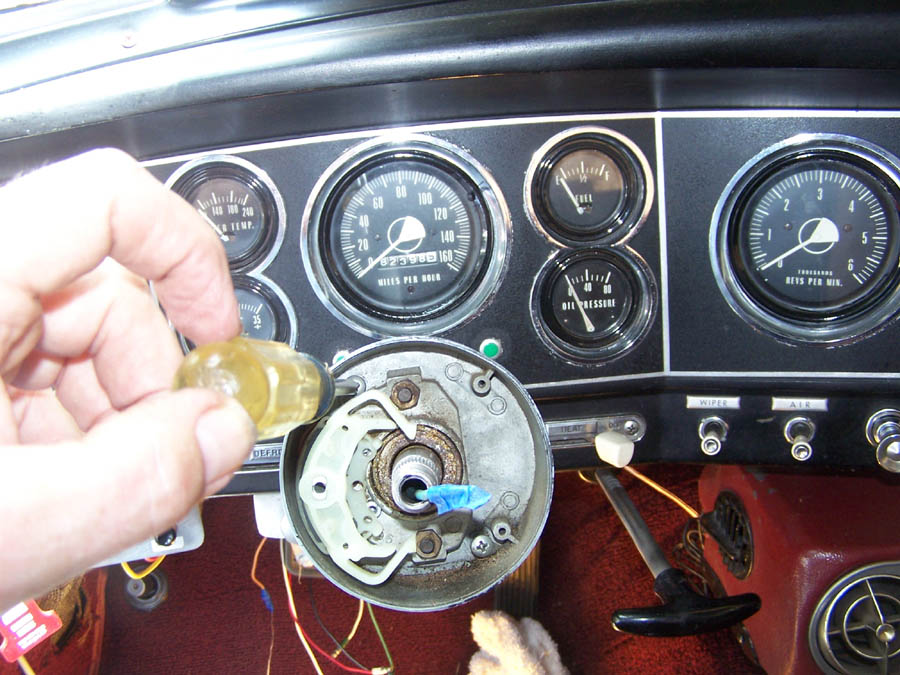 Wiringforalfaromeocarswithisoconnectors L Ed Af Cb Fa furthermore M further Case additionally Refuseinfrontelrelay C L A A C furthermore Sprinter Fuse Box Diagram Mercedes Van Dimensions Life Wiring Of Mercedes Vito Radio Wiring Diagram. on studebaker turn signal wiring diagram
