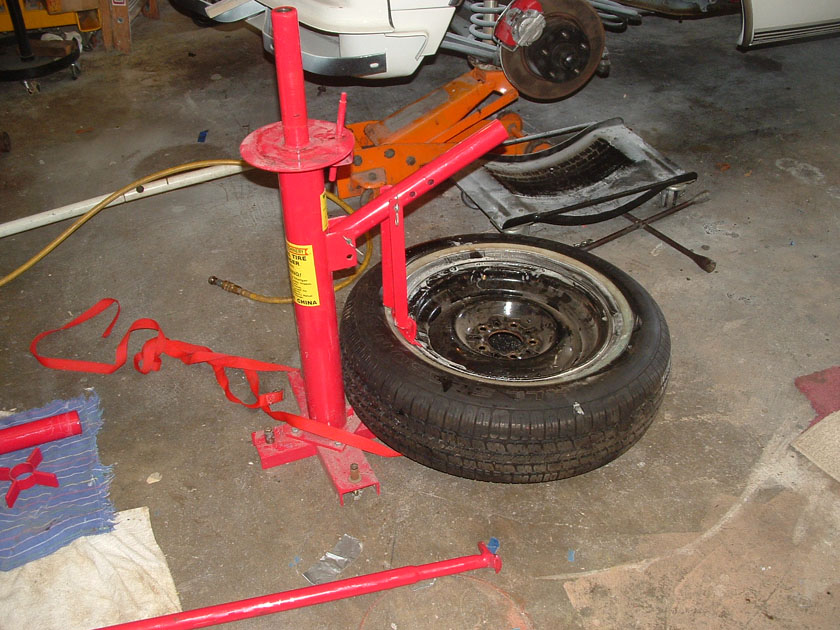 Bob Johnstones Studebaker Resource Website (Harbor Freight Tire Changer #34542)